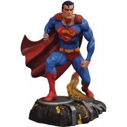 Figura Superman Comic 25 Cm